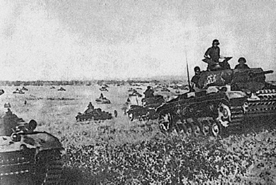 German-tanks-in-France-1940